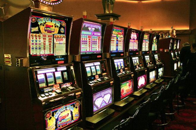Виртуальное пространство казино онлайн Лавина