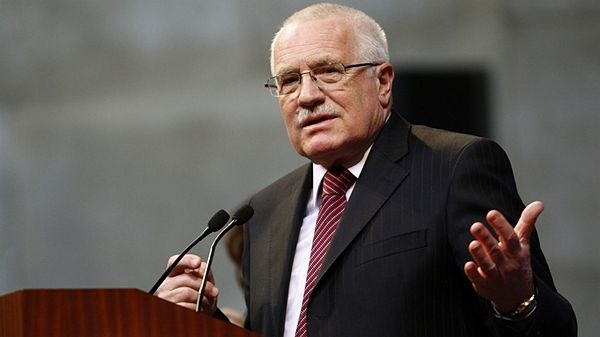 Президент Чехии заявил, что настал конец европейской демократии