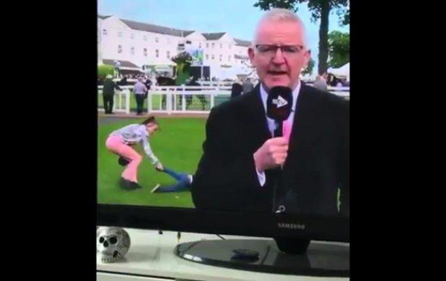 Ребенка оттащили за ноги из кадра в прямом эфире