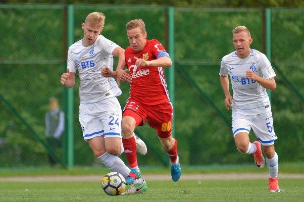 Тульский «Арсенал-м» проиграл московскому «Динамо-м»