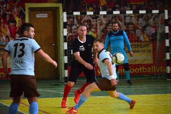 «МехМаш» забил 10 мячей «Барсе» и другие результаты 3-го тура чемпионата Тулы