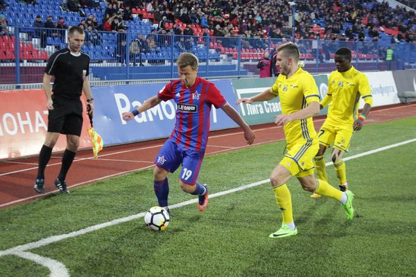 «СКА-Хабаровск», «Тосно» и «Амкар» победили в 12-м туре чемпионата России
