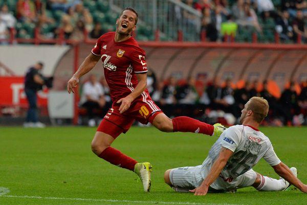 Тульский «Арсенал» играет вничью с «Тамбовом» после первого тайма