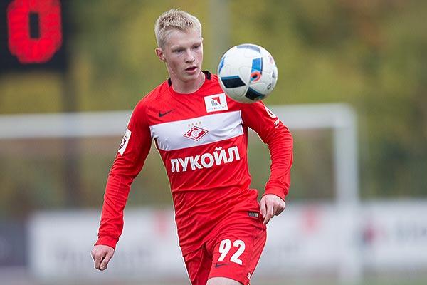 Николай Рассказов— в расширенном составе молодёжной сборной России на матчи с Австрией и Сербией