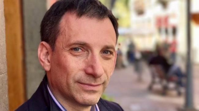 Продажа достоинства: Портников предложил украинцам ездить в Лувр, а не в РФ