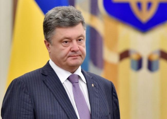 Порошенко пригласил освобожденных представителей Меджлиса в Киев