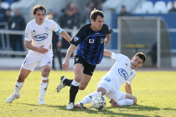 Эльдар Низамутдинов— в символической сборной 16-го тура ФНЛ