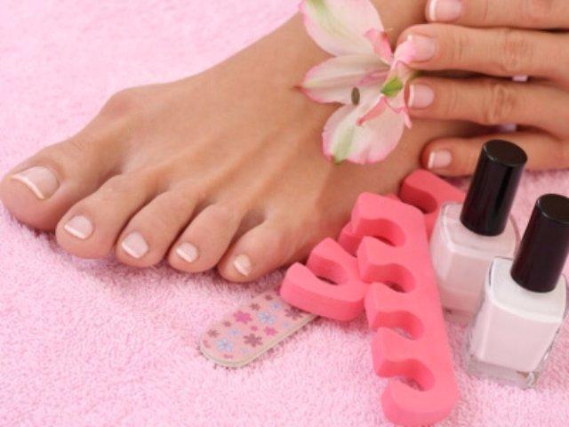 Лучшие материалы для создания ногтевого покрытия