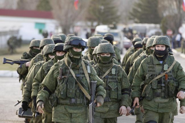 РФ стягивает к границе с Украиной войска и военную технику