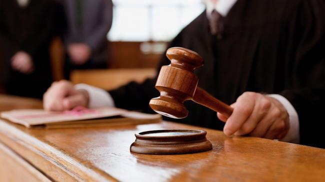 Суд продлил арест Александра Ефремова