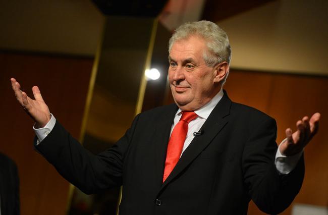 «Политикам не хватает мужества»: президент Чехии сделал заявление по Крыму