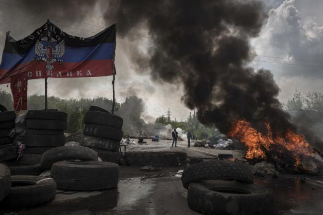 Бывший премьер-министр Украины предлагает ограничить в правах жителей Донбасса