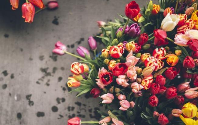 Дотавка цветов в Николаеве - качество и скорость