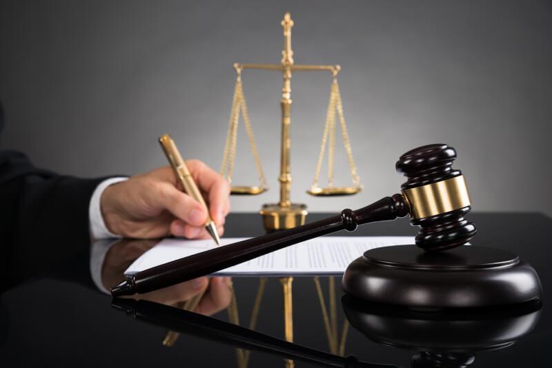 Помощь юристов по любым вопросам