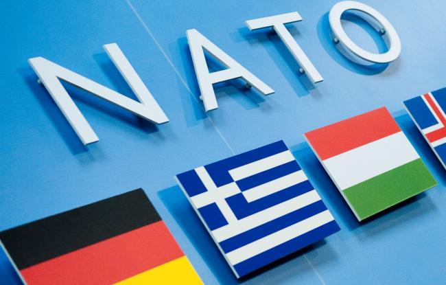 НАТО возобновляет контакты с РФ