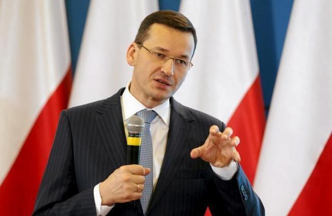 Новый премьер Польши уже рассказал об украинских «беженцах»
