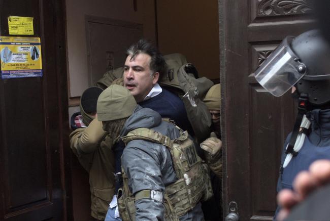 Грузинская партия Саакашвили требует его освобождения