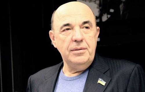 Рабинович: Большинство украинцев живет в нищете, но Минздрав решил, что наши дети переедают (ВИДЕО)