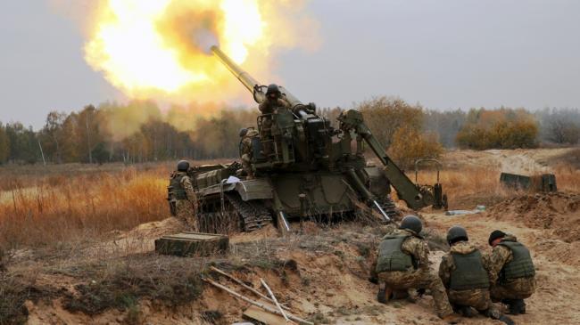 Заметно повышает ставки: аналитик рассказал, почему Путину выгодно обострение на Донбассе