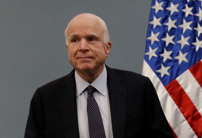 Маккейн поприветствовал решение о поставках оружия в Украину