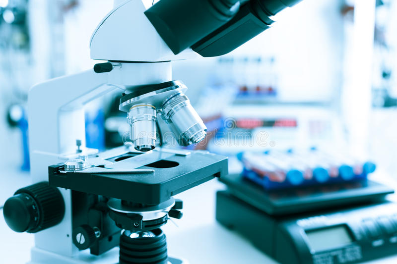 Выбор микроскопов для лабораторий