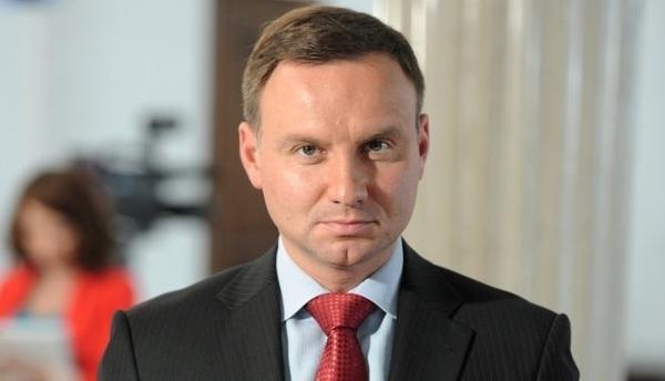 Президент Польши проанализирует закон о