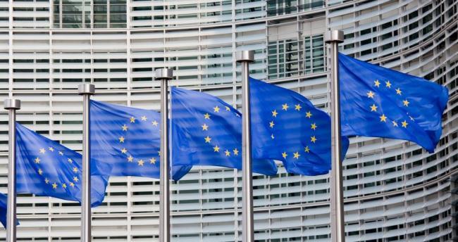 Европарламент запускает санкции против Польши