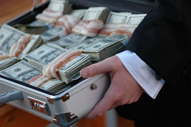 Борьба с коррупцией: в Украине поймали на взятке высокопоставленных чиновников