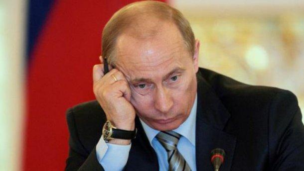 Эксперт назвал причины, почему Путин боится вспоминать на выборах о войне на Донбассе