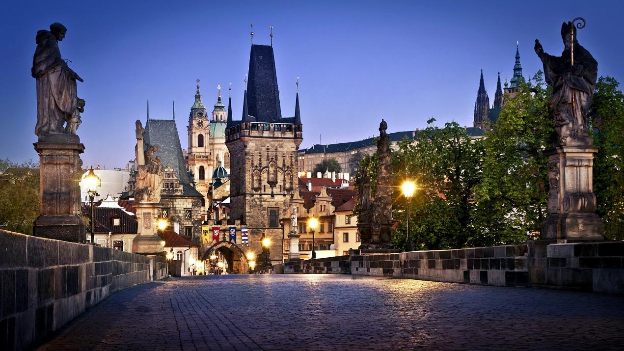 Поездки в Прагу со Львова