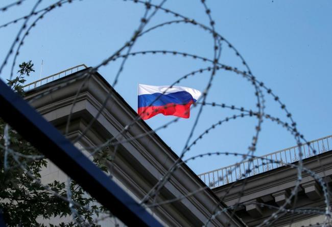 США вышлют почти всех дипломатов РФ