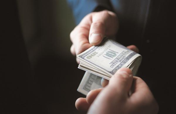 Коррупция подрывает доверие иностранных инвесторов к Украине — посол Франции