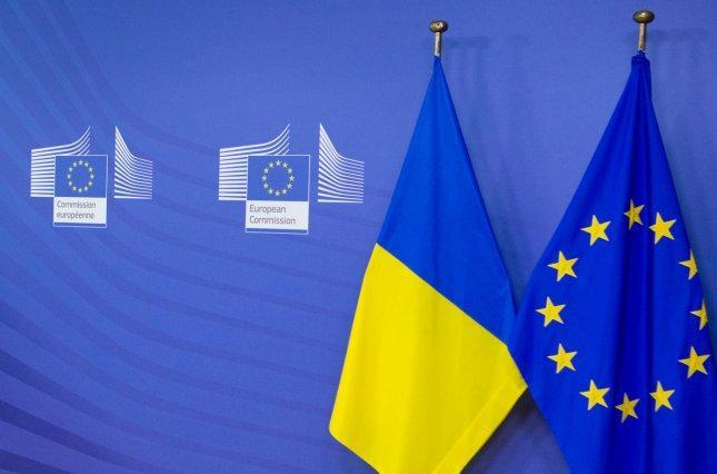 Высланным из стран ЕС российским дипломатам запретят въезд в Украину