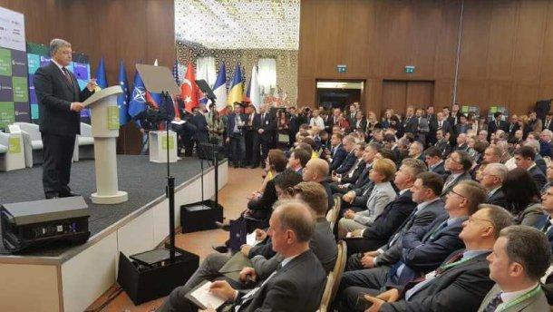 Договор о дружбе с РФ и участие Украины в СНГ: Порошенко анонсировал решительные шаги