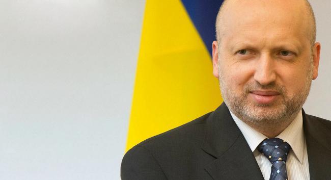 Россия готовится к континентальной войне на границе с Украиной, – Турчинов