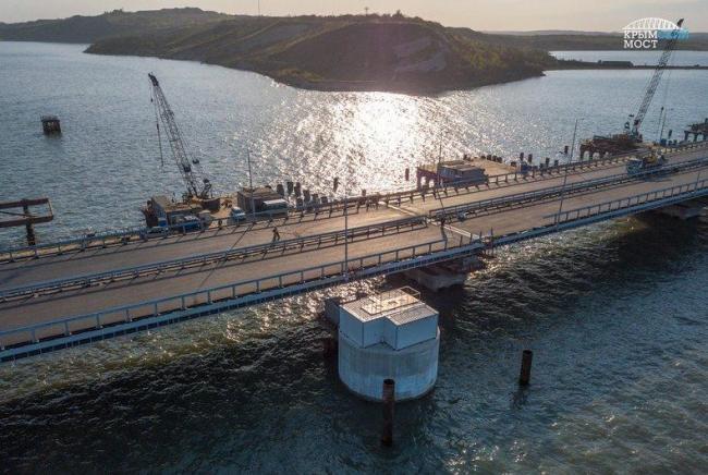 Запуск Крымского моста: оккупанты начинают спешить