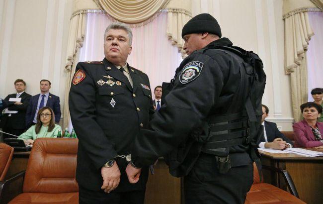 В Киеве обвиняемого в коррупции чиновника восстановили в должности