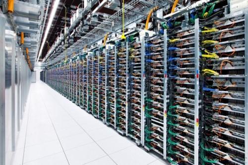 Почему хранят данные в Европе?