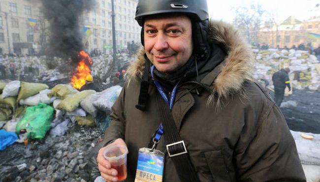 Руководителя портала «РИА Новости Украины» везут в Херсон