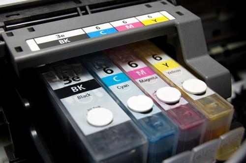 Разбавляем краску для принтера: зачем это надо, и как это сделать?