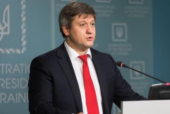 Уволить Данилюка парламенту не проблема, труднее будет найти нового министра, — политолог