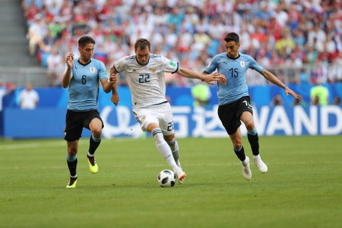 Артём Дзюба не спас сборную России от проигрыша Уругваю