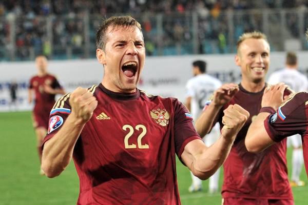 Химкинский олень предсказал победу сборной России