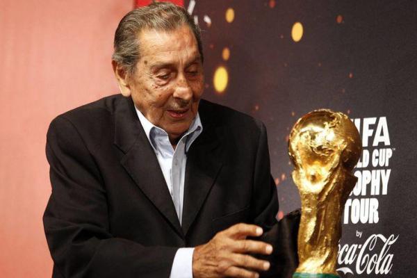 Лучший футболист чемпионатов мира родом из Уругвая