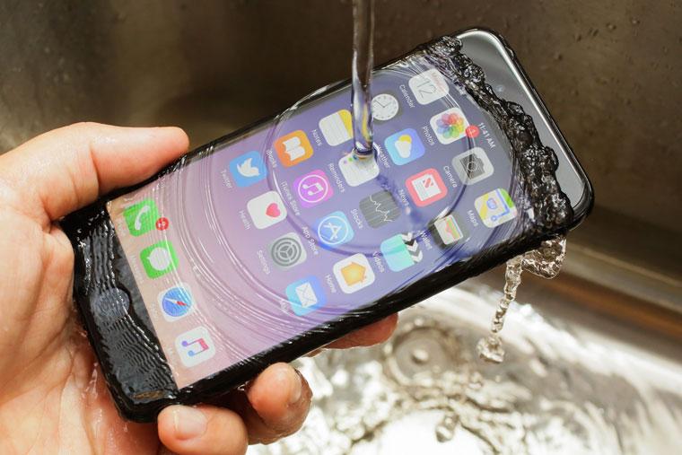 Невозможно не купить Apple iPhone, когда он так доступен