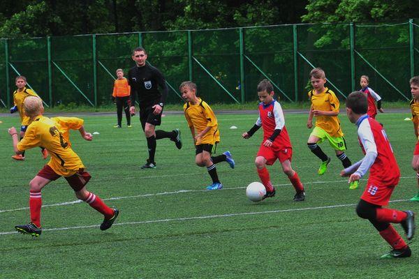 Определились участники плей-офф младшей группы областного этапа «Кожаного мяча»