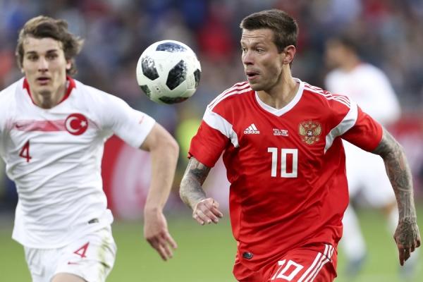 Сборная России опустилась в рейтинге ФИФА ниже Саудовской Аравии и Гвинеи