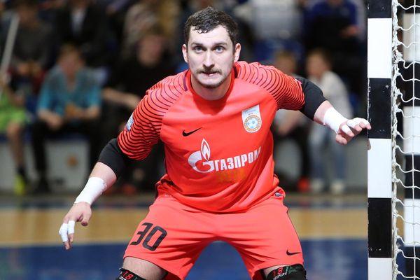 Новомосковец Сергей Слемзин— чемпион России по мини-футболу