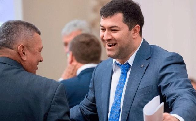 Обвиняемый в коррупции чиновник хочет стать президентом Украины