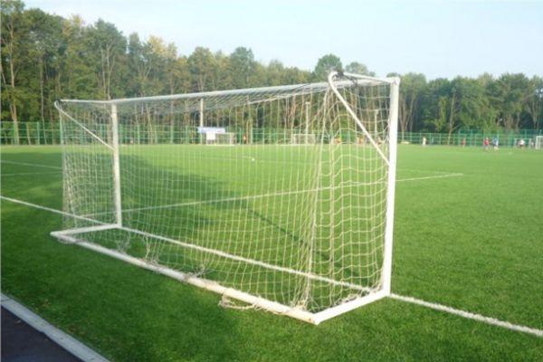 СШ «Арсенал» примет ДЮСШ «Химик» и другие матчи 8-го тура юношеского первенства области